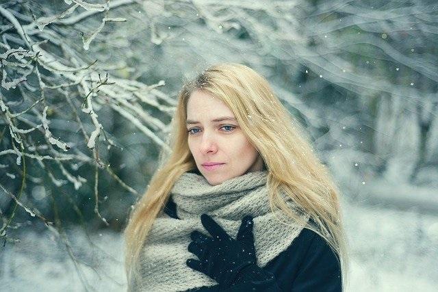 איך למנוע עור יבש בתקופת החורף בפתח תקווה אצל אורלי קוסמטיקס